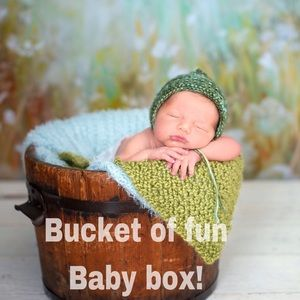 Bucket of Fun baby mystery box !